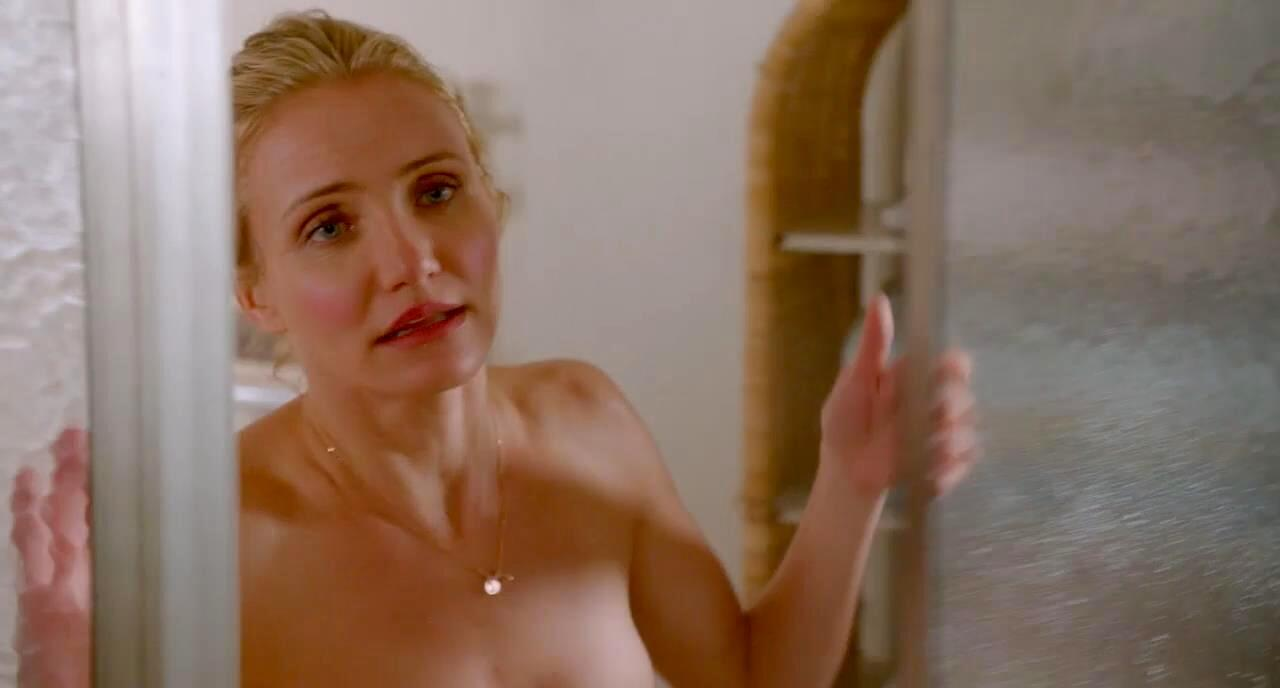 Discussion on this topic: Kourtney Kardashian braless, kendra-sunderland-naked/