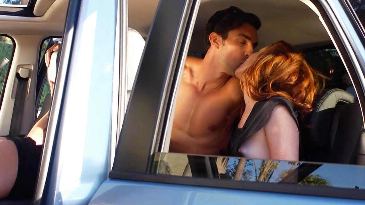 Girls kissing girls full movie-9174
