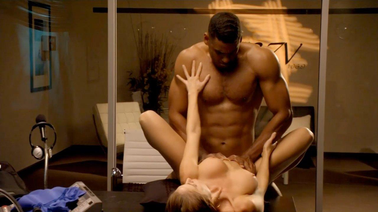 Erika jordan nude sex scene in sin city diaries series new pictures