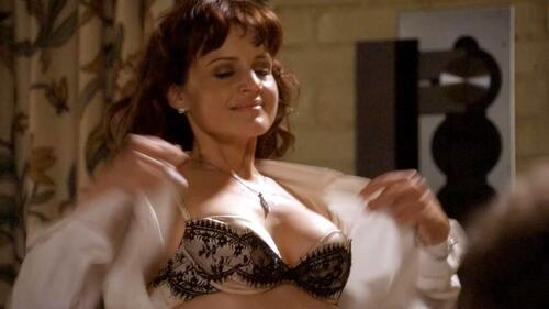 carla gugino boobs