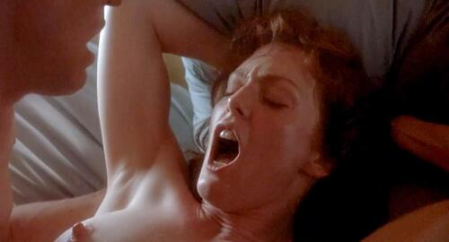 Julianne moore short cuts exposed bush and exposed ass 6