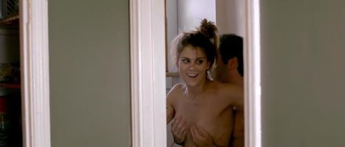 Lindsay Shaw Boob Nude Gallery
