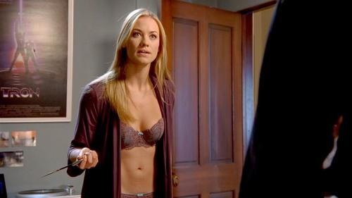 Yvonne strahovski louie - 3 part 6