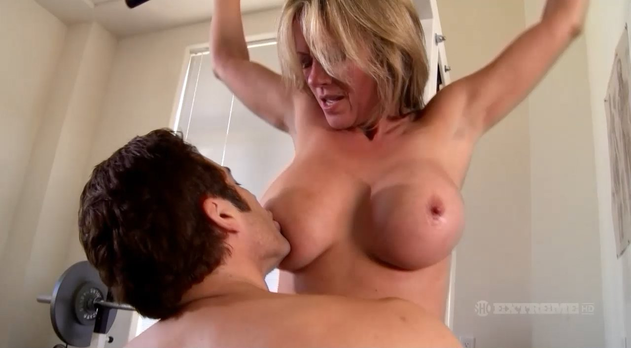 K sindrome sexy smith julie wives was