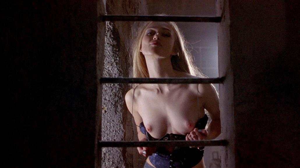 Alyssa milano sexy moments - 100 part 4