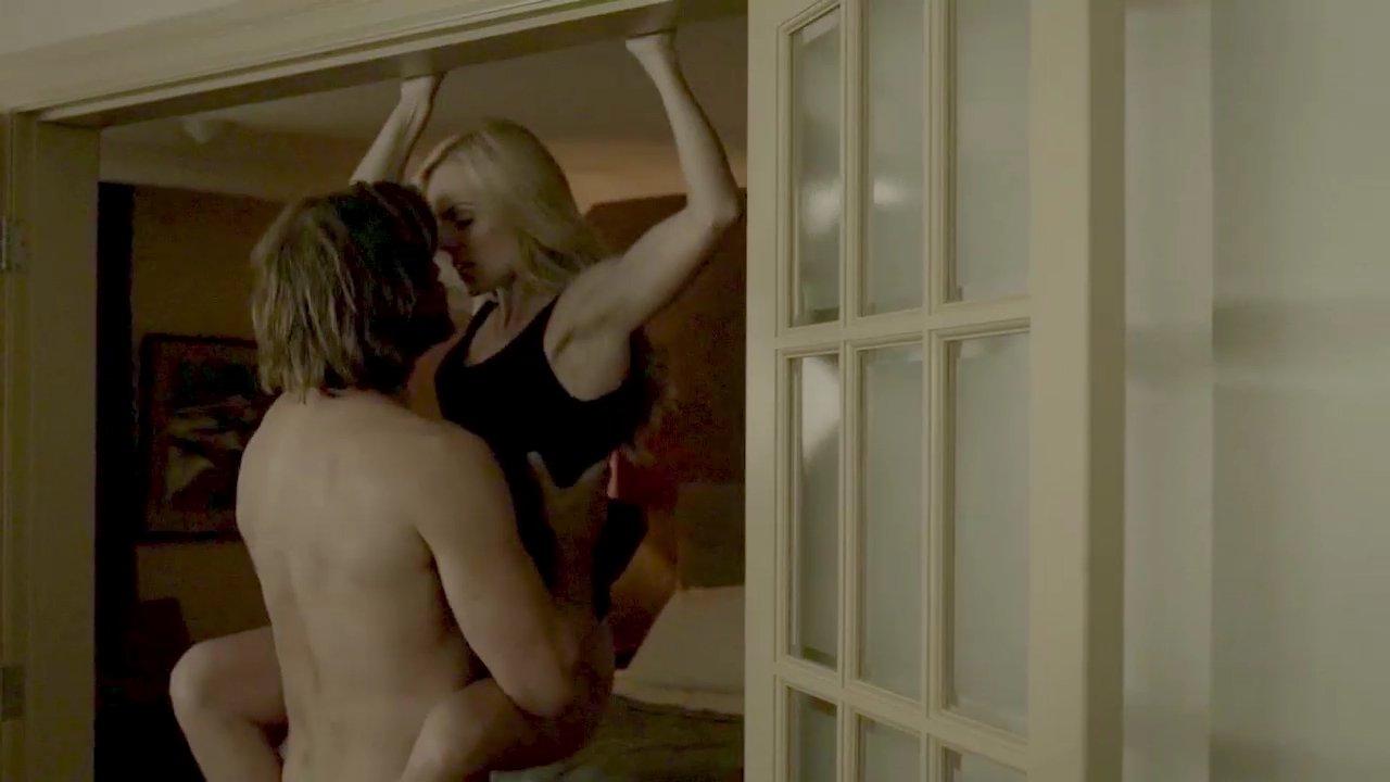 Laura vandervoort sex scene
