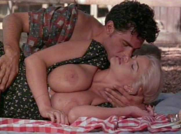 Anna nicole smith lesbian sex video