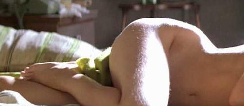 Gwyneth Strong  nackt