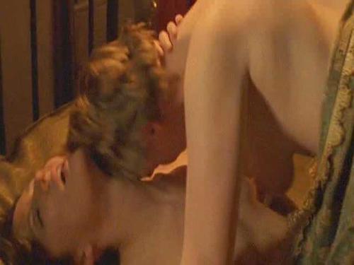 Tipping the velvet girls having sex