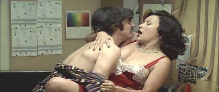 Jennifer Tilly seksi videot