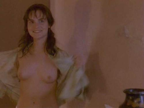 naked jennifer jason leigh