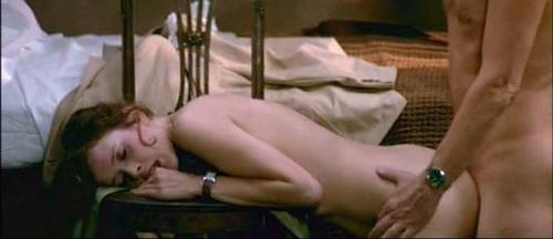 Стеснительная сосет кадры из порно фильма эммануэль дырками для секса
