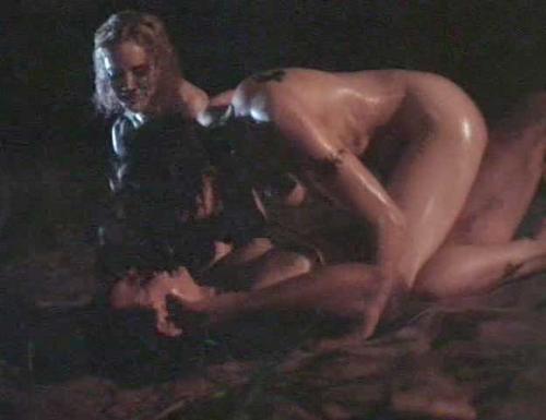 Carla gugino lesbian sex scene