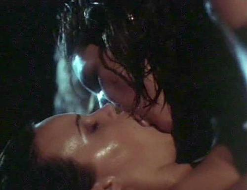 Carla gugino rya kihlstedt and anna levine nude lesbo scene