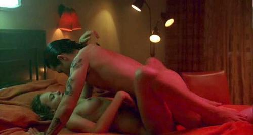 hot lady sucking penis