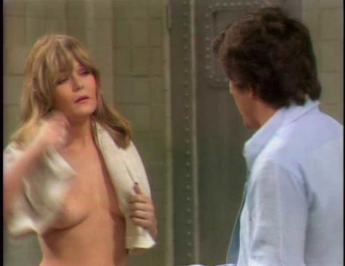 Nude wife steambath