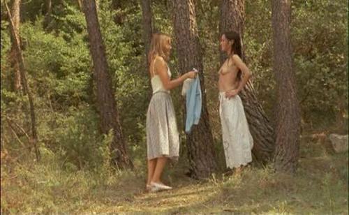Elyssa davalos nude