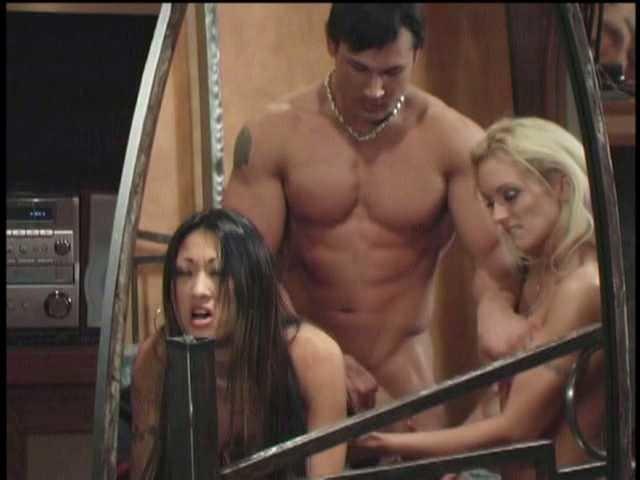 hot wives club movie