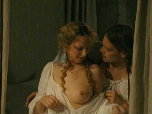 Stéphanie Crayencour  nackt