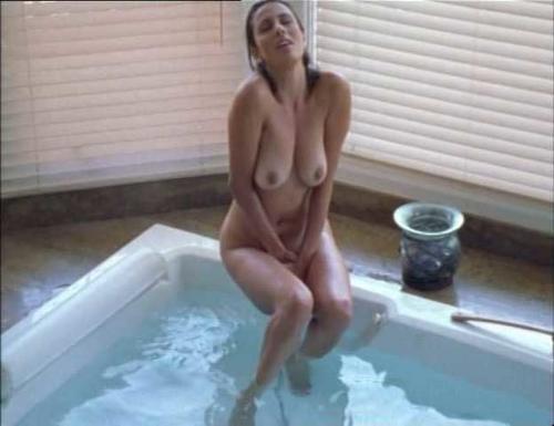 smotret-onlayn-eroticheskie-filmi-s-uchastiem-katalina-larranaga-video-seks-zhenshini