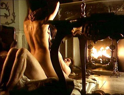 Catherine zeta jones nude scenes