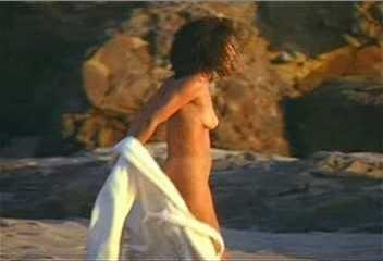 Gloria reuben nude pic
