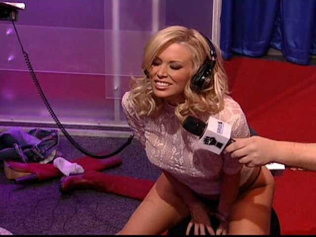 Brianna frost rides sybian on howard stern - 1 part 5