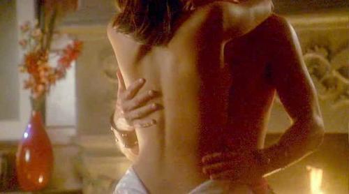 Kreuk nude kristin Smallville