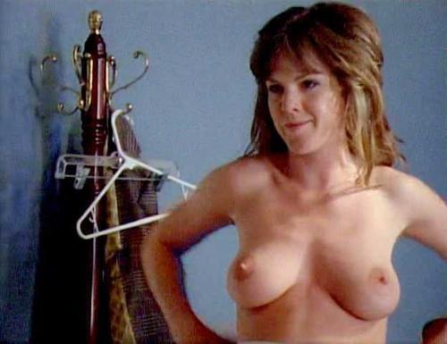 Kira Reed  nackt