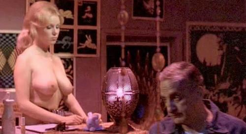 Linda Morell  nackt