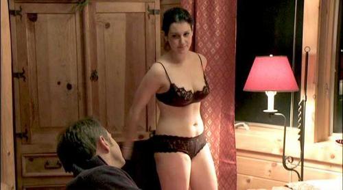 melanie lynskey nude boobs sex scene