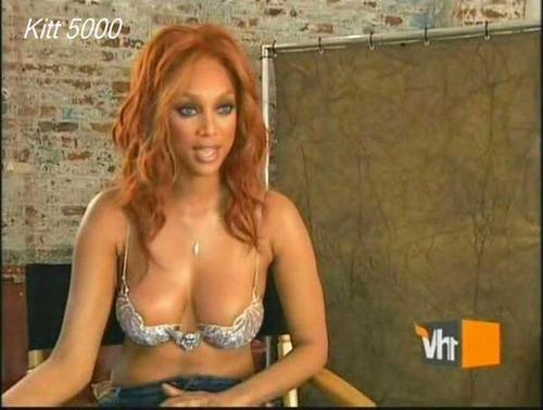 Tyra banks tits and pussy, femme offerte mari video amateur