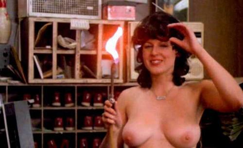 Nackt Linda Smith  60 Sexy
