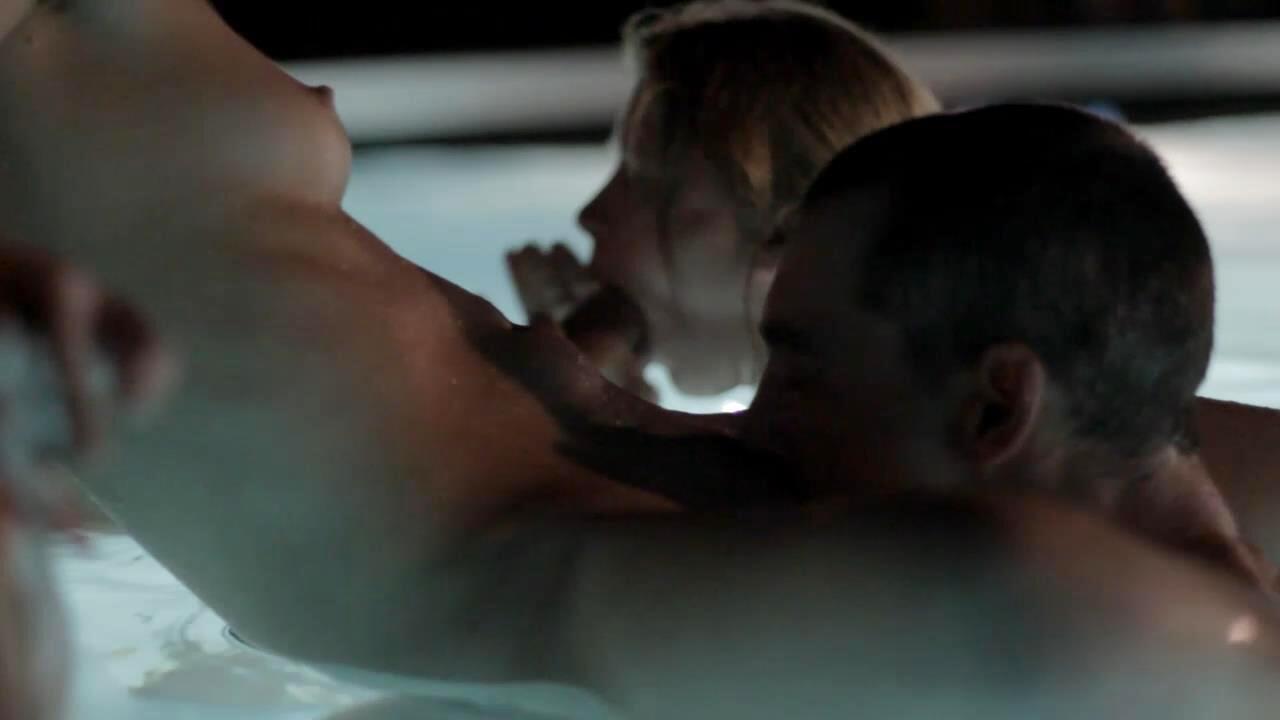 Caroline f baise dans la chambre - 1 part 8